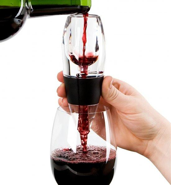 The science behind the aeration of wine?  How do wine aerators work?